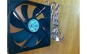 Obrázok pre výrobcu Prídavný ventilátor, 8cm. s 3pin konektorom